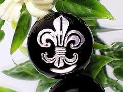 ◆オリジナル!!百合の紋章◆人気デザイ!銀フレア彫ブラックオニキス
