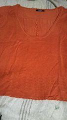 新品半袖ニット重ね着にもレンガ色に近いオレンジ