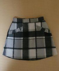 新品◎ロジータのスカート