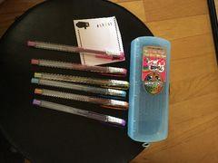 レインボーラメ入りインクペン6色三菱鉛筆株