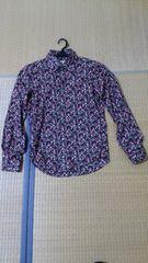 レッドリーチュエ小花柄シャツ