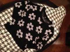 美品★花柄ゆるニットセーター Mサイズ ・ブラック