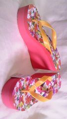 Padounouge厚底ウェッジソール&トングビーチサンダルビーサンオレンジフラワー花柄