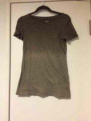 ギャップ Tシャツ h