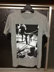 美品 UT ユニクロ ボクサー フォトプリント半袖Tシャツ Sサイズ 細身 グレー灰色 モノクロ