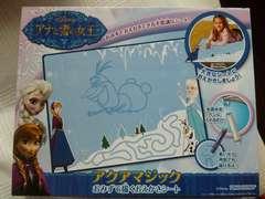 新品未使用未開封ディズニ-水で描く絵かきシ-トアナと雪の女王アクアマジック