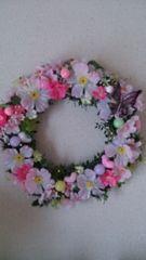 桜や蝶のリース