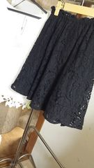 新品★定価¥8612((mysty woman/総レースフレアスカート★黒