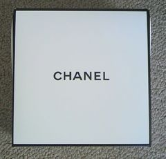 CHANEL★gift Box