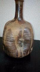 江戸前中期…古唐津黄褐釉垂れ流し偏向布袋彫物徳利