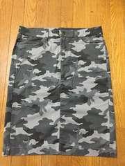 ユニクロ 新品 迷彩柄スカート 67センチ