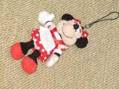 ミニーマウス*ぬいぐるみストラップ赤*ディズニーリゾート