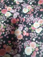 ☆新品黒×桜蝶々ラメ入柄ダボシャツ110