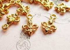 ユリの紋章チャーム15個ゴールド