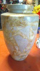 大理石の大きい高級感、重量有りの花瓶