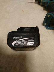 マキタインパクトドライバーTD134DX2 本体、バッテリー
