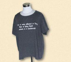 大きいサイズグレー英字Tシャツ7L