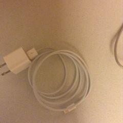 i phone 7 充電アダプタ 未使用 アップル社品