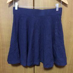 H&M!フレアスカート