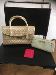 SamanthaThavasaのカバンと財布