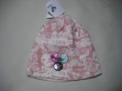 wb581 ROXY ロキシー バッジ付き ニット帽 スカル柄 白