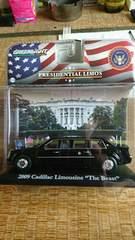アメリカ大統領専用車 2009オバマ大統領車新品未使用未開封1/43