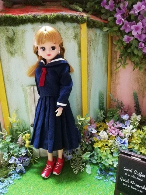 ジェニー、リカちゃんの制服