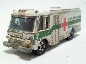 黒箱トミカ��8 いすゞ献血車 日本製
