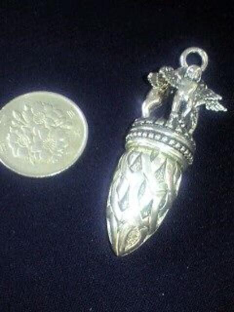 ☆3人の天使が守る銀のペンダント☆sv925 < 女性アクセサリー/時計の