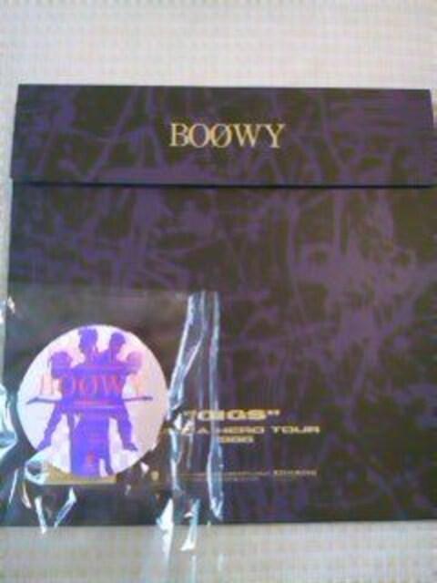 ボウイBOOWY  'GIGS'JUST A HERO TOUR 1986初回限定 < タレントグッズの