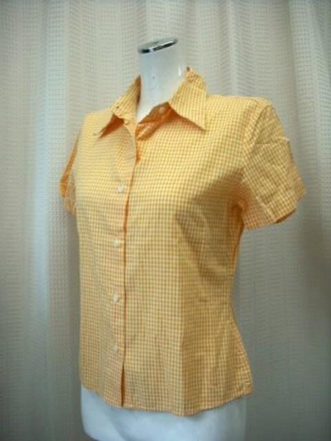 【ベネトン】【未使用品】イタリア製チェックのシャツです  < ブランドの