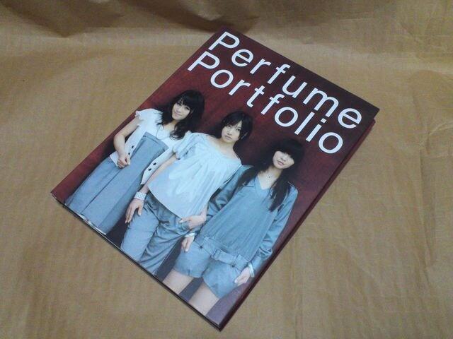 Perfume パフュームDVD と写真集 < タレントグッズの