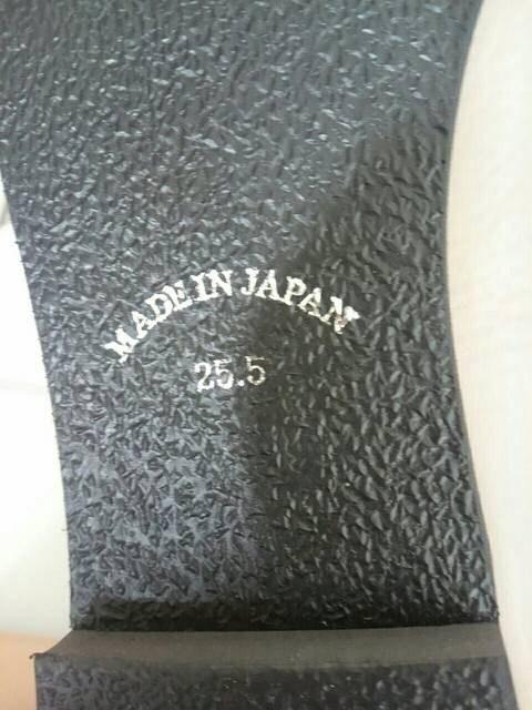 小さめ25.5�p日本製牛革パンプス新品 ベージュ < 女性ファッションの