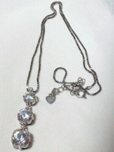 ■ダイヤモンド 0.04カラット■ジルコニア 925シルバー ネックレス < 女性アクセサリー/時計の