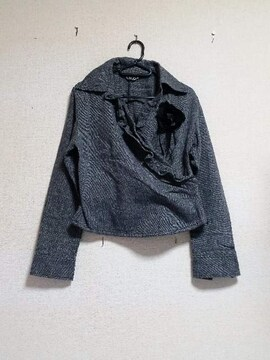 ☆斜めVラインフリル☆長袖コサージュ付グレーシャツ☆