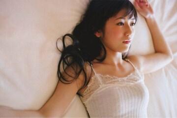 【送料無料】渡辺麻友 厳選セクシー写真フォト10枚セット F