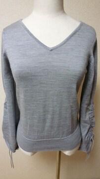 人気ブランドINGNIのセーター