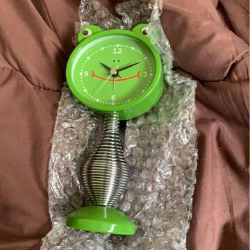 新品★カエルクネクネ時計