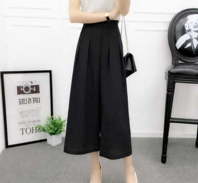 新品 新品 薄手スカンツ ブラック Lサイズ  < 女性ファッションの