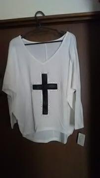 新品*クロス柄*Tシャツ