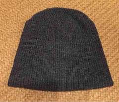 濃いグレー!ニット帽!1度着用のみの美品!フリーサイズ