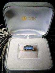 ■■メレダイヤ総計0.10カラット&ブルー石