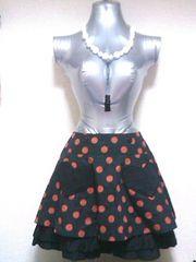 ピースナウ水玉ドット柄ハートポケット裾2段フリルプリーツフレアミニスカート赤黒ブラックレッド