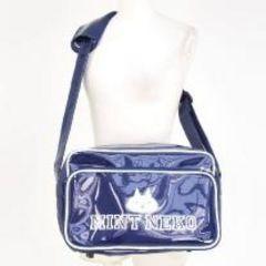 MINTNeko・カレッジ風ロゴプリントエナメルスクールバッグ*紺