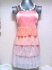 INGNIサテンシフォン4段フリルカップ付きグラデーションドレスキャミワンピ白ピンクオレンジ
