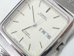 6043/シチズン★FORMA新品未使用スクエアケース型メンズ腕時計/アイボリーダイヤル