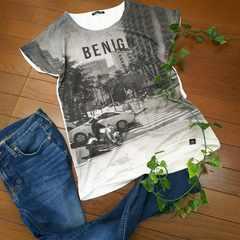 〇しまむら〇フロント全面フォトプリントTシャツ*・゜美品