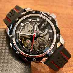 スケルトン☆WINNER スポーティーなメンズ自動巻きラバー腕時計♪黒
