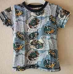 bits(ビッツ)車総柄Tシャツ110ブルー系