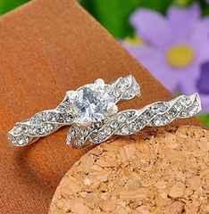 新品1円〜★送料無料★11号 輝くダイヤモンド 波ペアリング 指輪